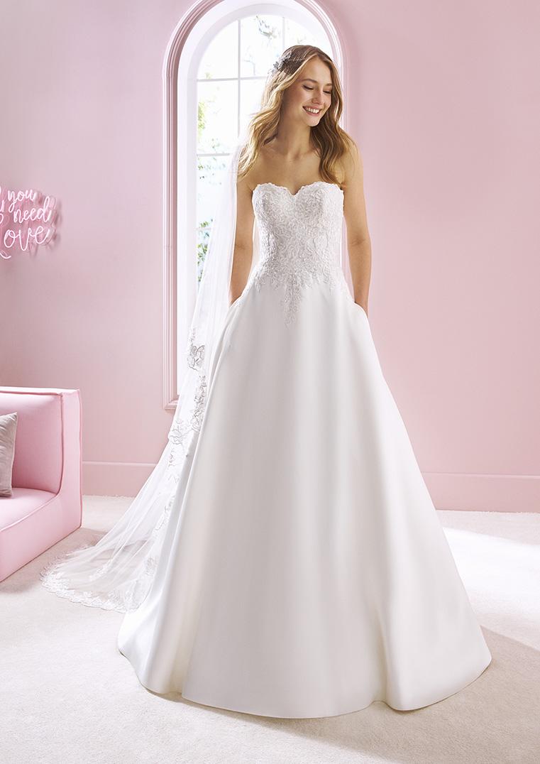 exzellente Qualität klar in Sicht detaillierte Bilder Brautkleid A-Linie Korsage Herzausschnitt schlicht mit Spitze ...
