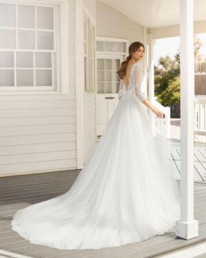 Brautkleid A-Linie Prinzessin mit Langarm V-Neck V-Ausschnitt und Spitzenärmeln Brautmode Region38