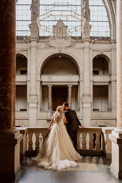 Hochzeitsblume Braut und Bräutigam im Schloss