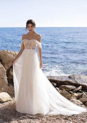 Hochzeitskleid fliessend vintage romantisch blush off shoulder träger Hochzeitsblume Brautkleid Wolfenbuettel