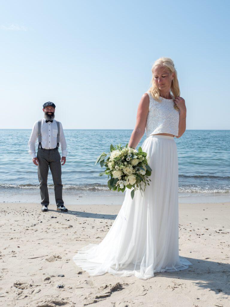 Brautkleid Mix and Match Strandhochzeit Hochzeitsblumenbraut Zweiteiler Brautkleid Erfahrung Hochzeitsblume